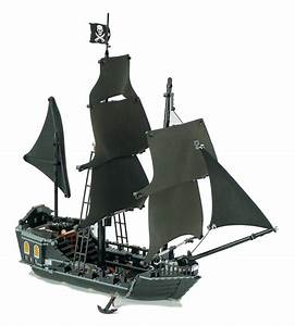 Lego 4184 Pirates Of The Caribbean The Black Pearl Pirate ...