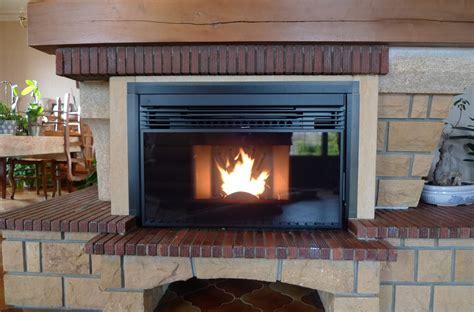 insert de cheminée insert 224 granul 233 s dans chemin 233 e existante thermoneo