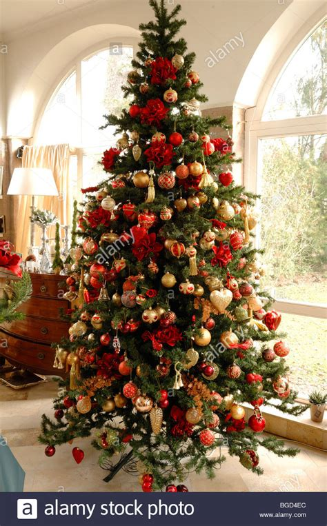 Large Christmas Tree  Merry Christmas And Happy New Year 2018
