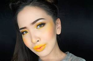 are wearing yellow blush and it actually doesn 39 t