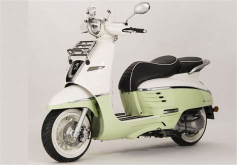 Peugeot Motor Scooters