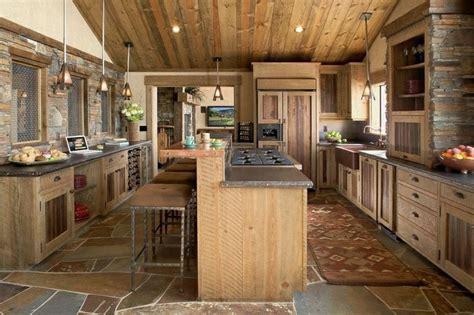 cuisine m騁al et bois la cuisine rustique ou l 39 harmonie de la déco et bois