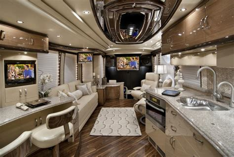 elegant lady luxury motor coach introduced