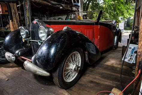 The model has 2 versions: Sold - Bugatti T57 Stelvio by Gangloff | Rapley Classic Cars LLC