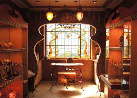 Art Nouveau Decorating Style