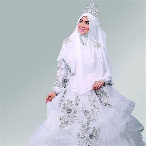 inspirasi gaun pernikahan syari  bisa dicontek