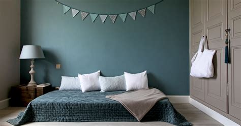 chambre bleu canard bleu canard dans votre chambre à coucher voici comment l