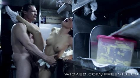 Wicked Asa Akira Gets Some Food Truck Cock Redtube