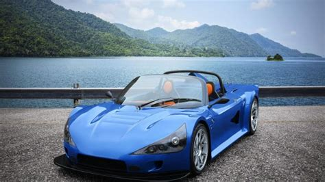 350bhp, 695kg, Two-seater