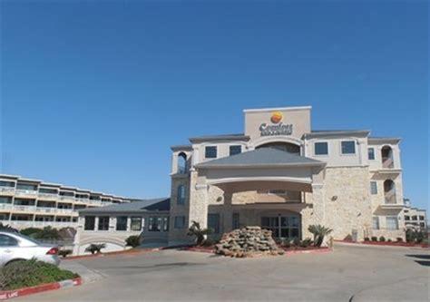 comfort suites galveston comfort inn suites beachfront in galveston tx citysearch