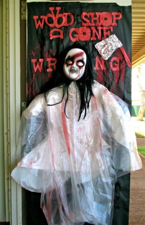 scary door decorating contest ideas 33 spooky scary decorations for 2016
