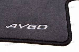 Genuine toyota 4x carpet floor mats aygo 02 05 07 10 for Original toyota floor mats