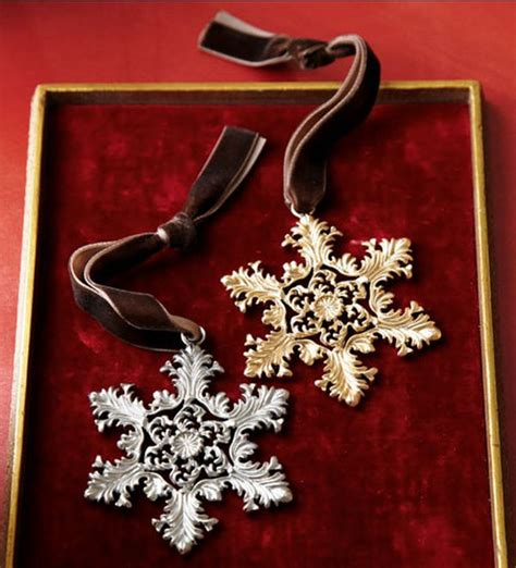 2010 christmas ornaments guide