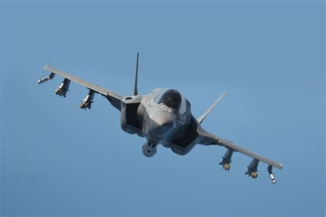 The Us Marine Corps' F35 May Deploy From A British Aircraft Carrier  Business Insider