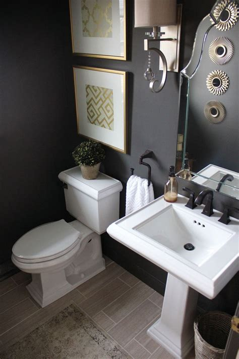 Decorating Ideas Powder Room by Best 25 Tiny Powder Rooms Ideas On Small