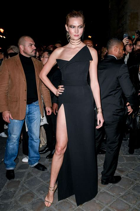 Karlie Kloss Arriving The Oreal Gold Obsession Party