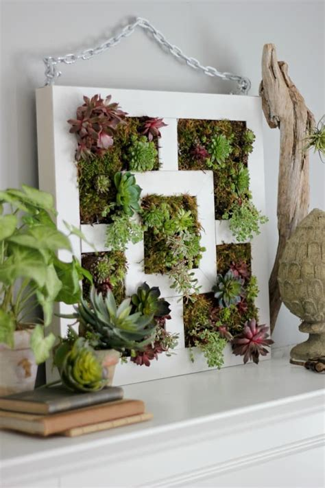 How To Plant A Vertical Succulent Garden by 20 Diy Vertical Garden Ideas How To Make A Vertical Garden
