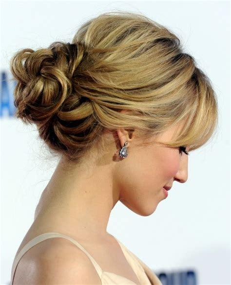 latest hairstyles loose buns  trends fashion
