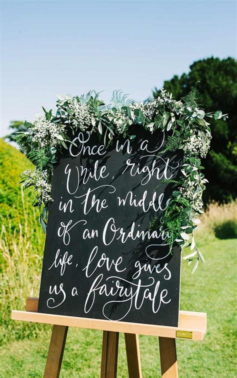 2017 Wedding Trends: What s Hot for 2017 Wedding signs