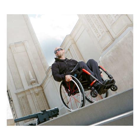 fauteuil roulant rigide ultra l 233 ger apex motion composites la maison andr 233 viger