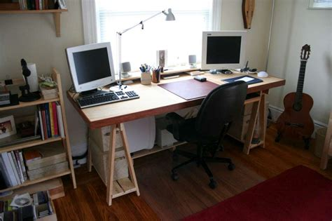 minimalistic desk  steps  pictures