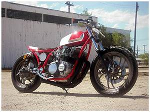 1982 Yamaha Maxim 650 Cafe Racer