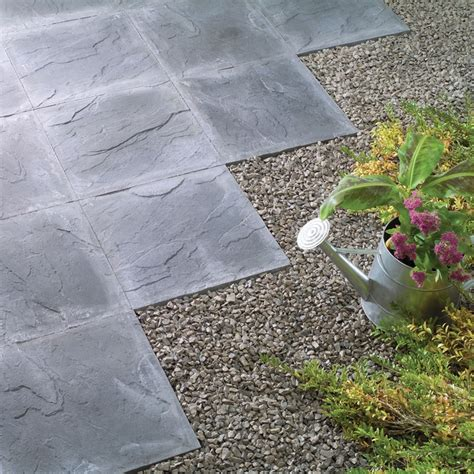 riven paving slab charcoal   cm pack   paving