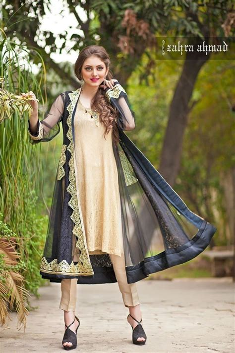Latest Pakistani Dresses Designs 2018 for Girls - Formal u0026 Informal Outfits