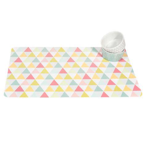 set de table motifs triangle graphique maisons du monde