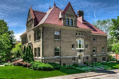 cornerstone mansion  pricey pads