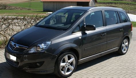 Opel Zafira by 2010 Opel Zafira B Pictures Information And Specs