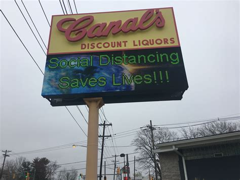 N.J. liquor store reopens after being overrun by ...