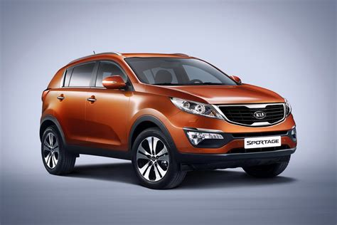 Pretty looking 2011 Kia Sportage SUV at Geneva Carguideblog