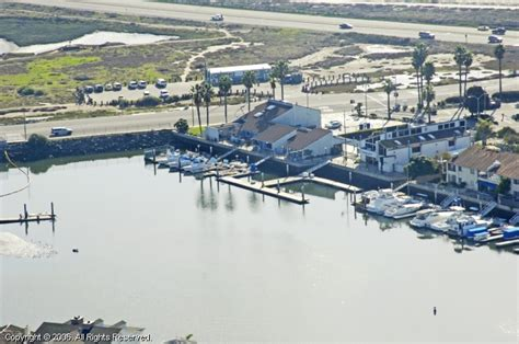 Boat Service Huntington Beach by Huntington Harbour Yacht Club In Huntington Beach