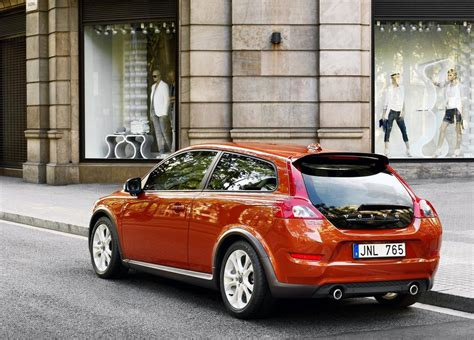 Volvo Xc30 by 2013 Volvo Xc30 Taking Shape Report