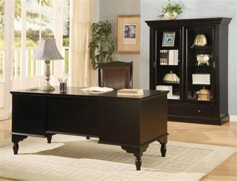 executive desk in black and cherry finish the htons