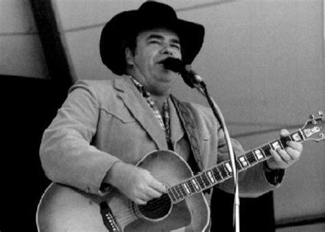 Hoyt Axton On Lonestarmusic.com