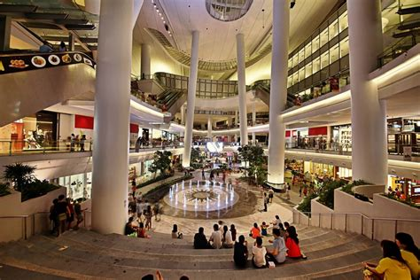 Singapore's first naturally-cooled mall - ACROSS | The ...