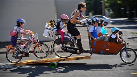 Siege Velo Bebe Decathlon - 5 images à ne jamais reproduire à vélo avec vos enfants
