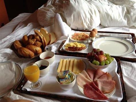 Zu Zweit Im Bett by Fr 252 Hst 252 Ck Ins Bett Foto Paleis Hotel Den Haag