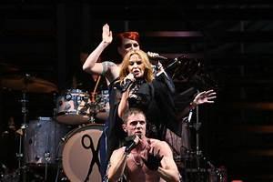 Jake Shears Photos Photos - Kylie Minogue at Glastonbury ...