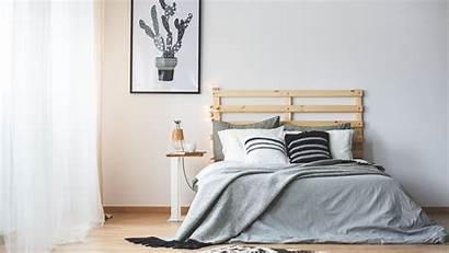 Bedroom Minimalist Essentials Thinkstock Istock Redesigning Jonathan