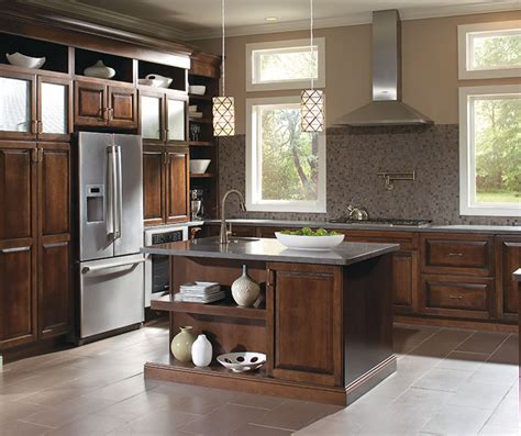 Diamond at Lowes   Find Your Style   Caldwell Maple Coffee
