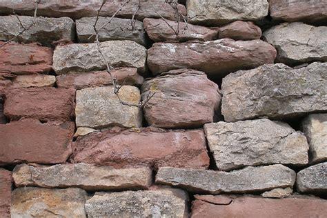 Garage Bauen Haeufige Fehler Und Wie Sie Zu Vermeiden Sind by Mehr Als Ein Lesesteinhaufen Trockenmauern Fachgerecht Bauen