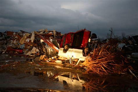 deadly tornadoes wreak havoc  south al jazeera america