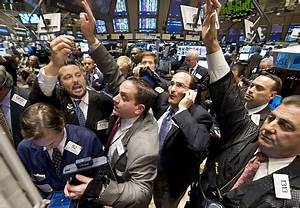 Wall Street Traders Crowd The Post That Handles Morgan
