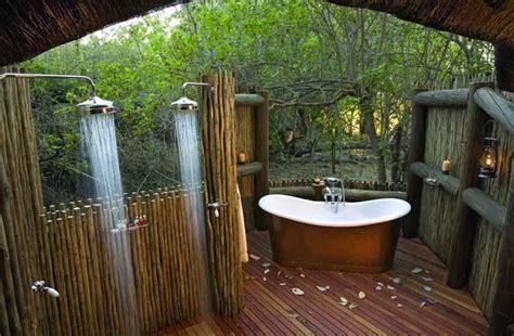10 แบบห้องน้ำ กลางแจ้ง ที่สวยที่สุดของโลก