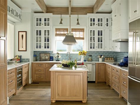 kitchen cabinet white house 7 kitchen trends that will help get your home sold fast 109 | white wood kitchen blue backsplash ideahouse1011 03 0