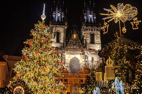 amazing  town square pictures  christmas