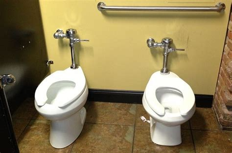 The 19 Most Epic Bathroom Fails That Will Make You Hold It Forever